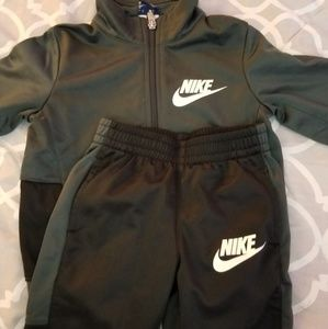 Nike toddler boy Tracksuit